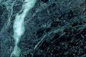 Marmol verde, en Piedra – Texturas